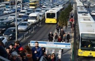 Hafta sonu toplu ulaşım yüzde 22 arttı