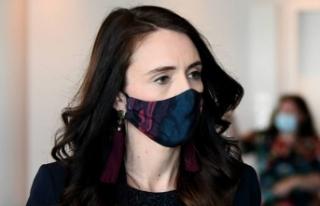 Yeni Zelanda'da kısmi maske takma zorunluluğu...