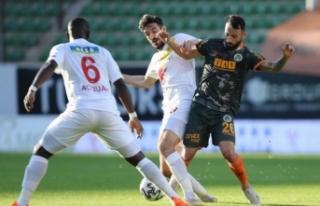 Alanyaspor Yeni Malatyaspor'a takıldı