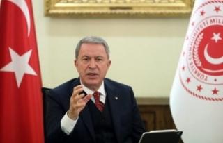 Bakan Akar Libya'da verdi mesajı: Aklını başına...