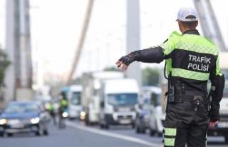 Sürücüler dikkat: Yeni yılın trafik cezaları...