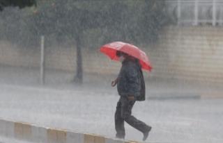 Antalya'da 'çok kuvvetli' yağış...