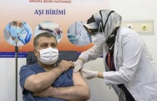 Bakan Koca paylaştı: İşte aşı uygulamalarıyla...