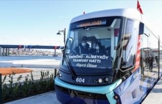 Eminönü-Alibeyköy Tramvay Hattı'nın ilk bölümü...