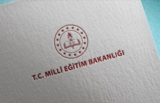MEB: Yarın Türkiye genelindeki okullarda, tören...
