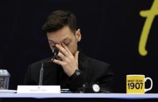 Mesut Özil anlattı: Bakın nasıl Fenerbahçeli...