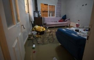 Sağanak  212 iş yeri ve eve zarar verdi