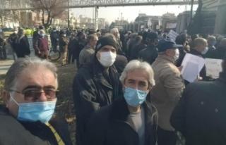İranlı emekliler gösteri düzenledi