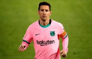 Messi rekor kırdı ama...