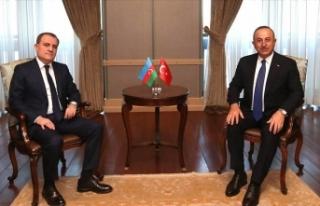 Mevlüt Çavuşoğlu Bayramov ile görüştü