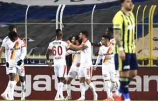 Son dakika: Ünal Karaman'dan Fenerbahçe'ye...