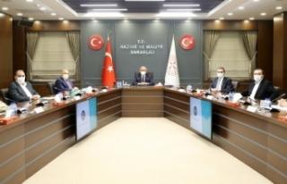 Türk-İş yönetimi Bakan Elvan'ı ziyaret etti