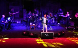 Erol Evgin Bodrum'da konser verdi