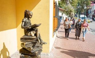 Bursalılar kütüphaneyi dört gözle bekliyor