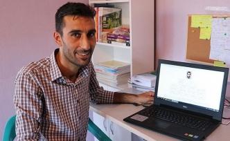 KPSS Türkiye birincisi olan Özek, sınava evden çalıştı