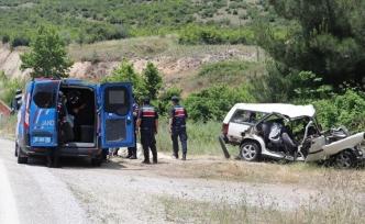 Tatil yolunda feci kaza: Aynı aileden 6 kişi hayatını kaybetti