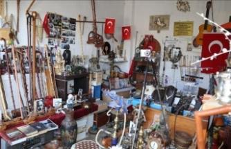 75 yaşında Seyfettin amcanın evinin garajı müze