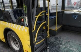 İstanbul'da metrobüs kazası, yaralılar var