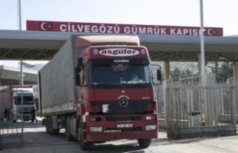 Suriye'ye doğru ilerleyen 70 bin tır yolda