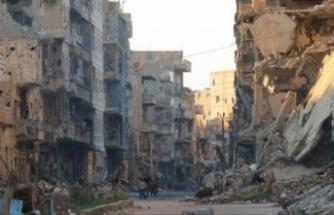 ABD Deyrizor'da 2 cami vurdu: 65 ölü
