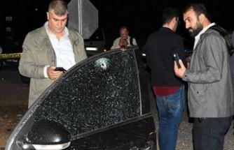 AK Partili başkanın oğlu başından vuruldu