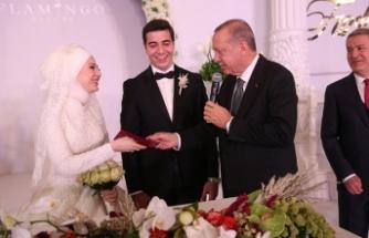 Başkan Erdoğan Kayseri'de nikah şahidi oldu