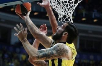 Fenerbahçe Litvanya'da güldü 82-75