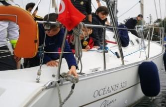 İmam Hatipli gençlerin yelken tutkusu