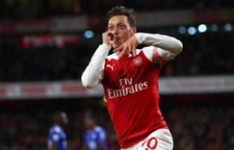 Mesut Özil paylaştı.. Binlerce beğeni aldı