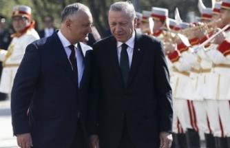 """FETÖ, Moldova'da da devlete sızabilir"""