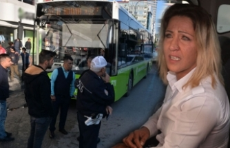 Cipteki kadınlar, otobüs şöförünü dövdü