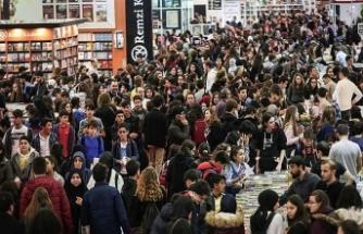 İstanbul Kitap Fuarı'na yarım milyondan fazla ziyaretçi