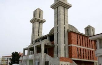 Kiliseye benzetildiği için inşaatı duran camiden yeni haber var