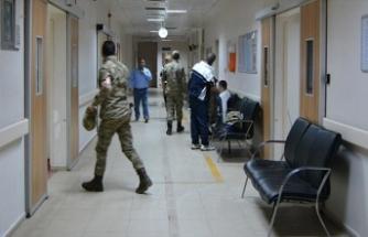 Kışlada gıda zehirlenmesi: 21 asker tedavi edildi