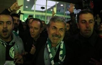 Teknik direktör Kocaman'a Konya'da coşkulu karşılama