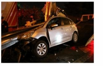 TEM'de feci kaza: Ok gibi saplandı