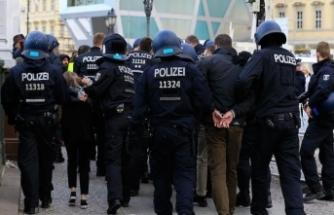 Alman polisi mesajları izleyecek