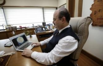 """TİKA Başkanı Dr. Serdar Çam AA'nın """"Yılın Fotoğrafları"""" oylamasına katıldı"""