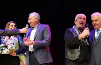 Yıldırım ve Uysal, Esat Kabaklı konserinde
