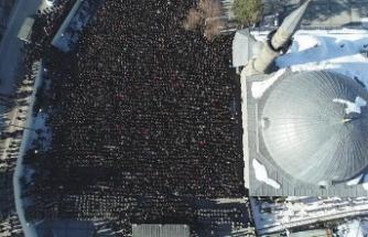 Binlerce kişi uğurladı... Son mesajı yürek parçaladı