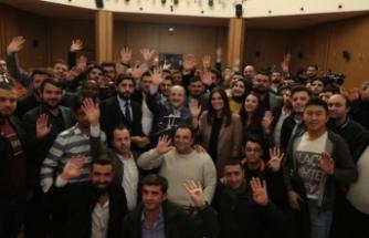 Varank'ın gençlerle buluşmasına Cumhurbaşkanı Erdoğan telefonla bağlandı