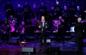 Cumhurbaşkanlığı Külliyesi'nde Ahmet Özhan konseri