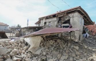 'Depremde orta ve ağır hasar gören 500'e yakın ev var'