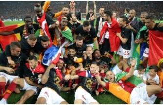 Galatasaraylılar merakla bekliyordu! Belli oldu