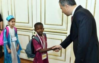 Yetimlerden İstanbul Valisi ve İBB Başkan Vekili Yerlikaya'ya ziyaret