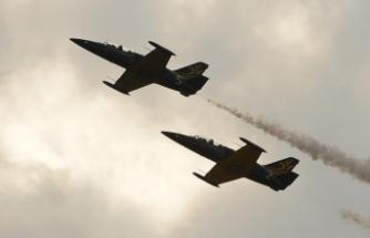 Almanya'da iki savaş uçağı düştü!