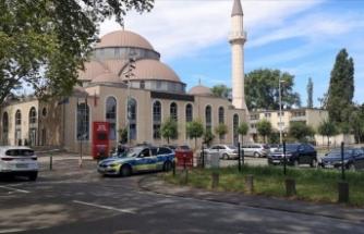 Almanya'da Diyanet'e bağlı camiye bomba ihbarı