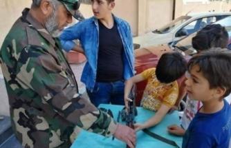 Esed'in çocuklara silah eğitimi verdiği kanıtlandı!