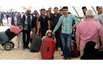 Suriyeli sığınmacıların sınır dışı işlemleri hız kazandı! 400 sığınmacı İdlib'e gönderildi