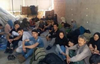 12 düzensiz göçmen yakalandı